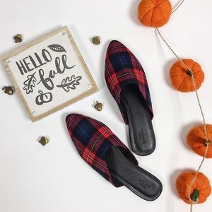 URBAN OUTFITTERS PLAID SHOES